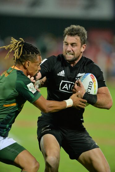 DUBAI, UAE, 7th Dec 2019. Action from the men's final of the 2019 Emirates Dubai Rugby Sevens tournament, part of the 2019 HSBC World Series. South Africa comprehensively beat New Zealand 15 - 0 to win the men's final